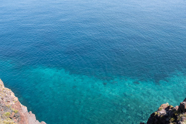 Türkises Meer als Hinweis für Hoffnung durch Coronaimpfung